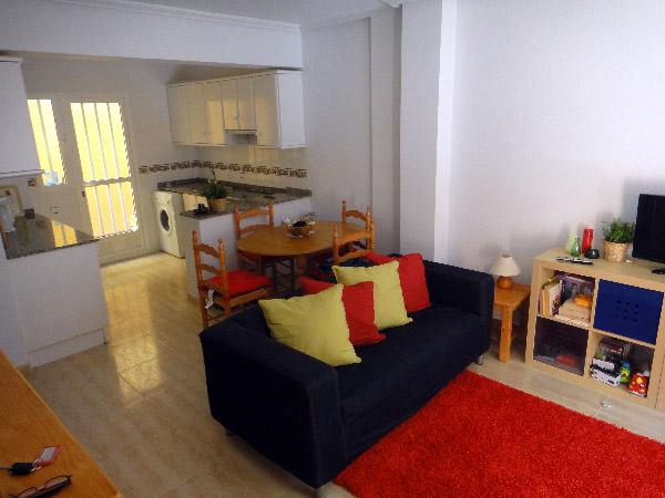 Дуплекс с 3 спальнями в урбанизации Кабо Ройг